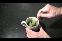 Het maken van pesto zelf - Recepten voor groene en rode pesto