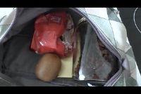 Een vliegtuig van voedsel in je handbagage - zo goed inpakken
