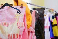Kies kleren voor school reünie - Ideeën voor de outfit