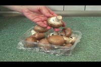 Peel Brown mushrooms - Hier is hoe gemakkelijk