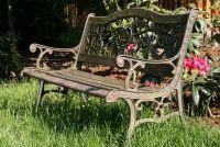 Restore tuinbank met roest van huismiddeltjes