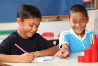 Medeklinkers oefenen op de basisschool - zodat u in overeenstemming met uw kind te leren