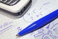 Pennen: verwijder vlek van het behang - het lukt