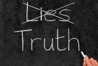 Hoe weet u dat iemand liegt - zodat je een leugenaar bloot
