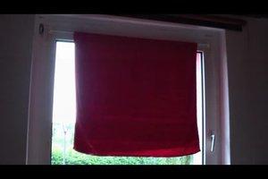 Nasses Handtuch Vor Ventilator Hängen