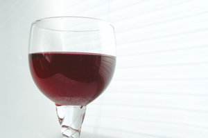 Likeuren met rode wijn - recept voor blackberry