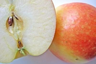 Driehoekig fruit - zodat u van dienst zijn vruchten met een verschil