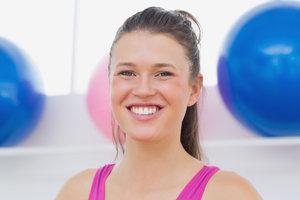 Yoga voor het gezicht - oefeningen voor thuis
