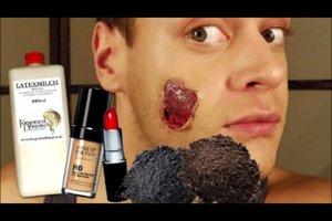 Zombie Costume - zo beheert een bloeddorstige special effects make-up