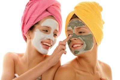 Hoe kan ik een masker voor de droge huid zichzelf?