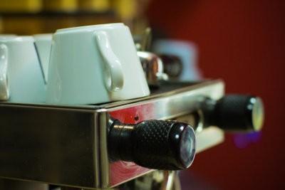 Clean koffie - hoe het werkt met traditionele espressomachines