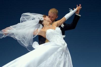 Maak optredens voor de bruiloft zelf - hoe het werkt creatief