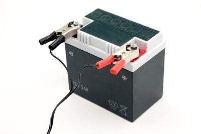 wanneer vespa de batterij opladen hoe het werkt. Black Bedroom Furniture Sets. Home Design Ideas